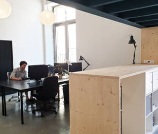 Open Space  3 postes Location bureau Cours Barbey Bordeaux 33800